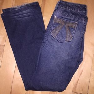 Flare cut blue jeans
